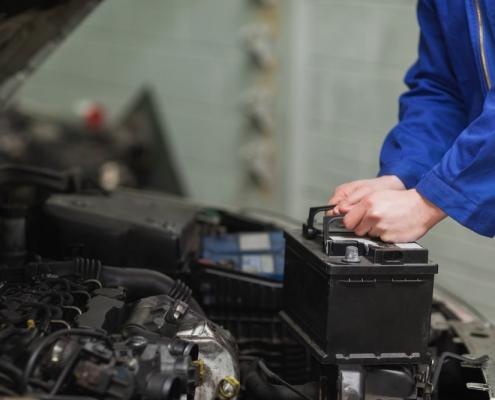 Bateria de caminhão e sua carga