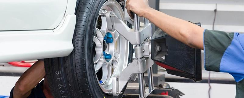 Como ter as rodas desalinhadas pode prejudicar seu consumo de combustível?
